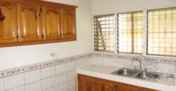 4-5 beds townhouse with small pool